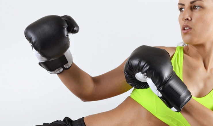 5 Best Kickboxing Gloves  for Men and Women- Everlast, Century, MMA and More!