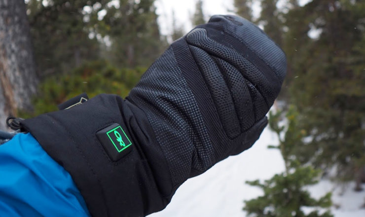 Best Heated Mittens for Men and Women to Keep Warm in 2020!