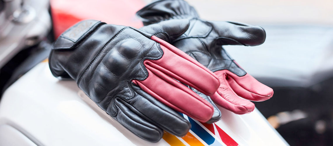 Best Motorcycle Gloves for Winter or Summer – A Buyers Guide!
