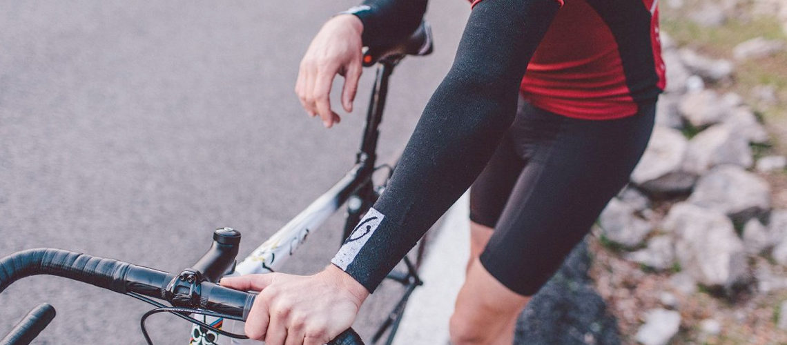 Best Cycling Arm Warmers of 2020 for Protection from the Elements!
