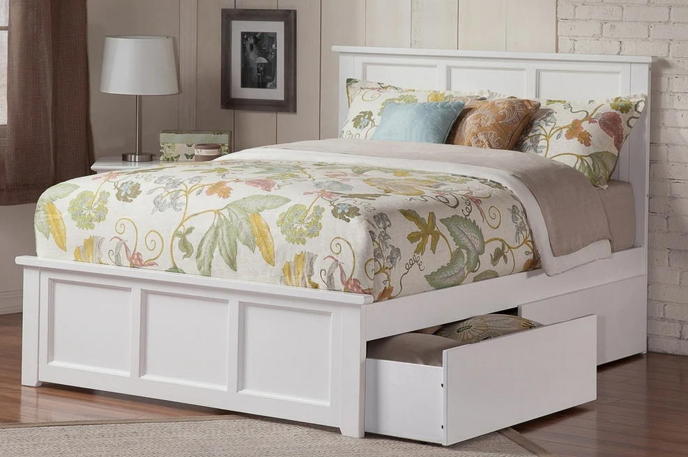 Madison Queen Platform Bed with Matching Footboard